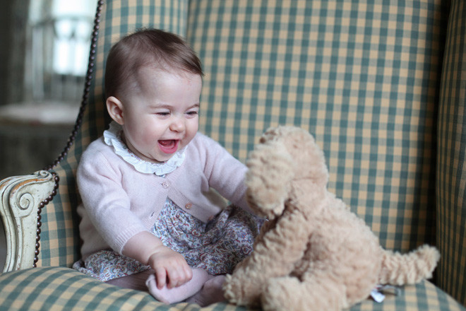 Принцесса Шарлотта: первые фото