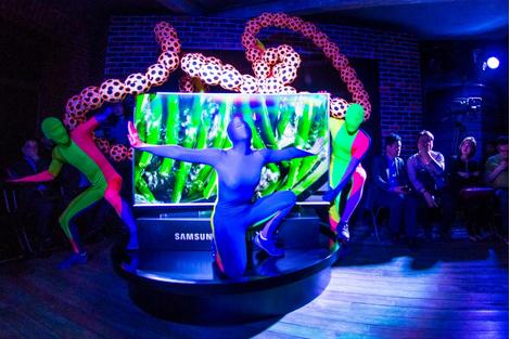 Больше цвета: яркие новинки от Samsung   галерея [1] фото [1]
