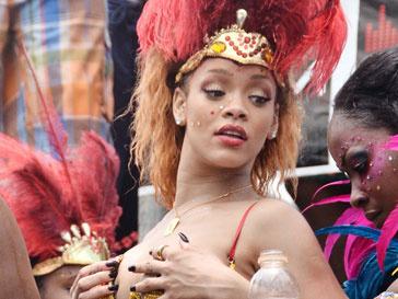 Рианна (Rihanna) оторвалась на Барбадосе