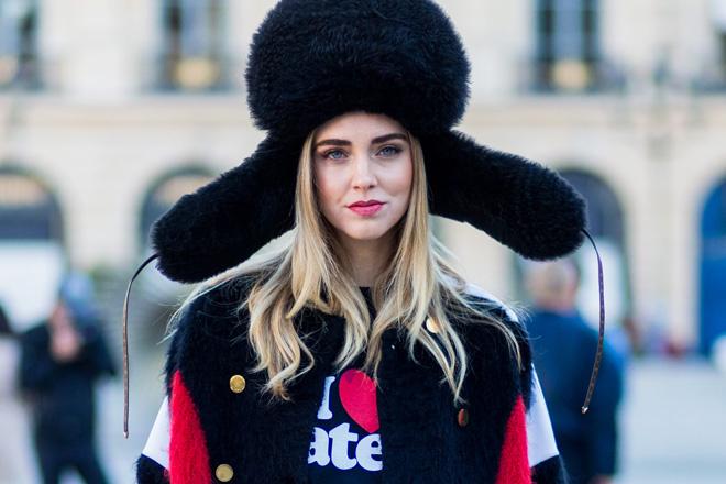 Какую шапку носить: с шубой, с пальто, с пуховиком