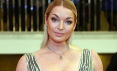 Анастасия Волочкова примерила образ ангела Victoria's Secret