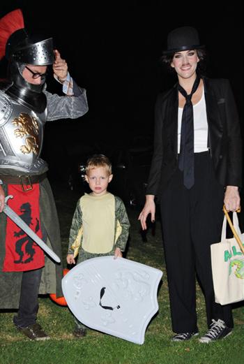 Лив Тайлер с сыном и бывшим мужем