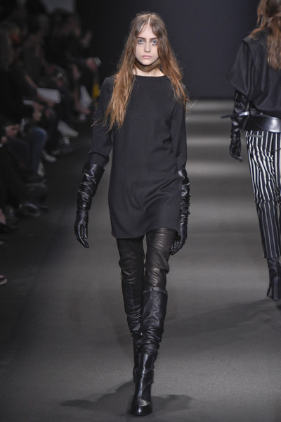 Неделя моды в Париже: 5 марта | галерея [3] фото [2]