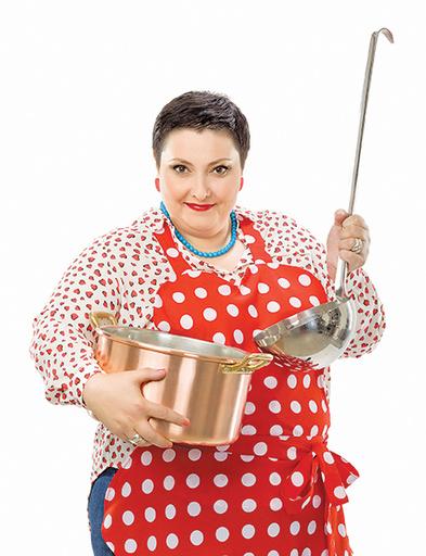 Лара Кацова, ведущая кулинарного шоу «Домашняя кухня» на «Домашнем»