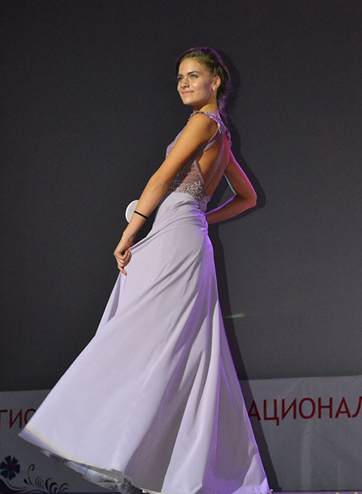 Краса России Арина Саврай