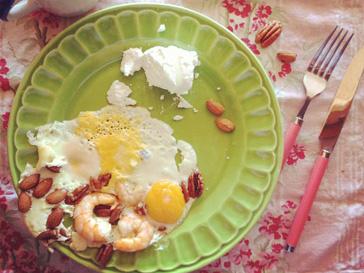 Завтраки с лобстерами и креветками порядком поднадоели Алене Водонаевой