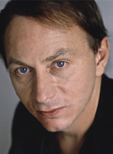 Мишель Уэльбек дебютировал в 1994 году романом «Расширение пространства борьбы» (Азбука, 2010). Один из самых читаемых в мире французских писателей.