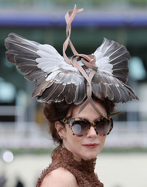 Королевские скачки в Аскоте: парад шляп   галерея [1] фото [1]