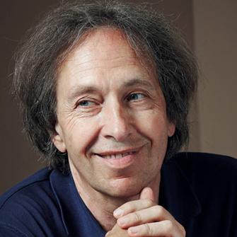 Паскаль Брюкнер (Pascal Bruckner), философ, писатель, преподает в парижском Институте политических исследований.