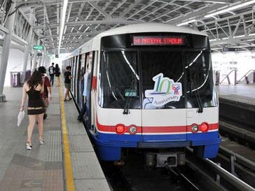 Поездами метро в Китае не нужно теперь управлять