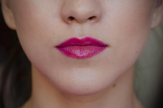 Помада-карандаш для Губ Yves Rocher, оттенок «Розовый олеандр»