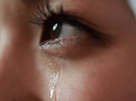 Во время оргазма плачу