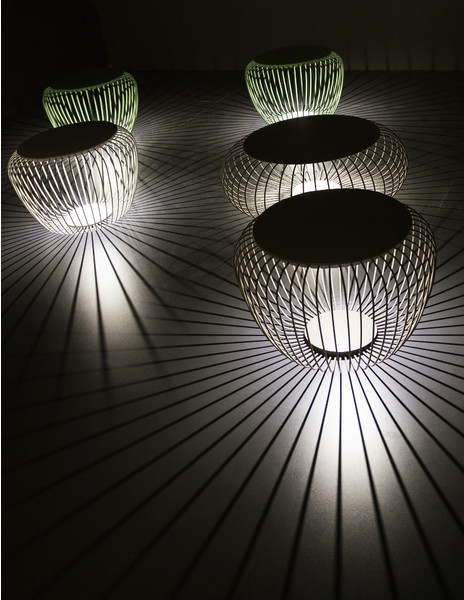 Светящаяся мебель для сада от фабрики Vibia | галерея [1] фото [7]