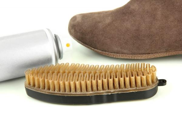 Пятна на замшевой обуви