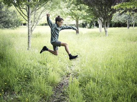 Ребенок в полете