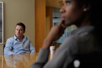 Почему герой Майкла Фассбендера так панически боится настоящей близости?