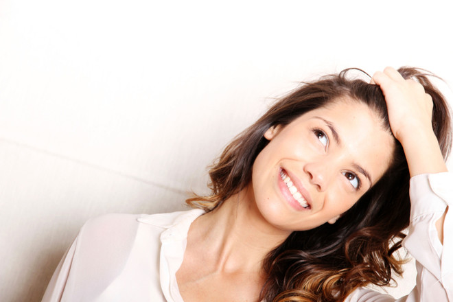 никакой шелухи: как избавиться от перхоти за две недели?