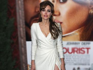 Анджелина Джоли (Angelina Jolie) вплотную занялась планированием свадьбы