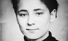 В сети появилось фото 16-летней певицы Земфиры