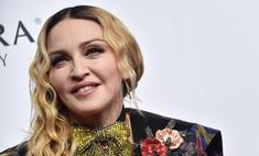 Мадонна показала своих дочек-близняшек