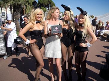 Жители эстонского села написали письмо с жалобой руководству Playboy