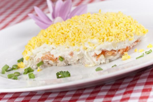 Приготовить салат мимоза