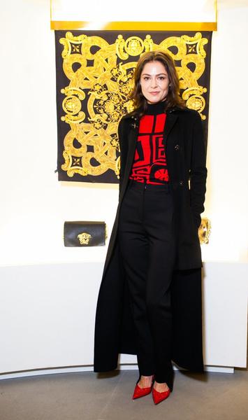 Селебрити на презентации осенней коллекции Versace   галерея [1] фото [3]