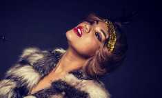 Корнелия Манго примерила образ роковой женщины