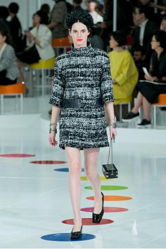 Показ круизной коллекции Chanel в Сеуле | галерея [1] фото [14]