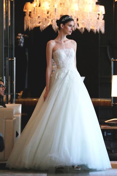 60 пышных свадебных платьев 2015 | галерея [1] фото [21]