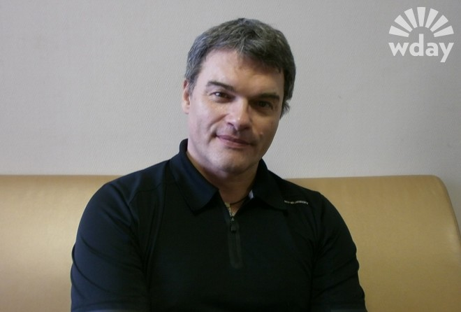 Певец и актер Евгений Дятлов