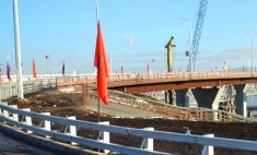 В Красноярске пустили транспорт по новому мосту через Енисей