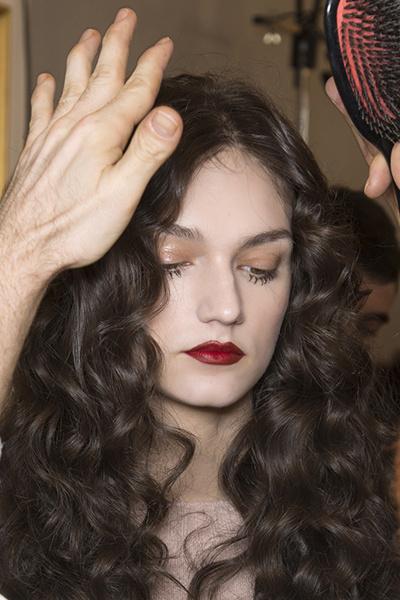 14 ошибок в укладке волос