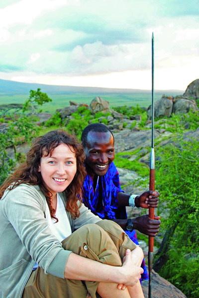 На фоне масая кто угодно бу¬дет выглядеть бледно. Ирина Михайловская, Танзания, 2007