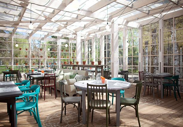 Ресторан «Теплица в саду»