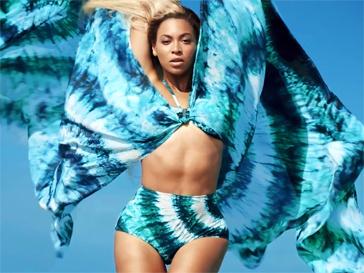 Бейонсе (Beyonce) в купальнике, фото