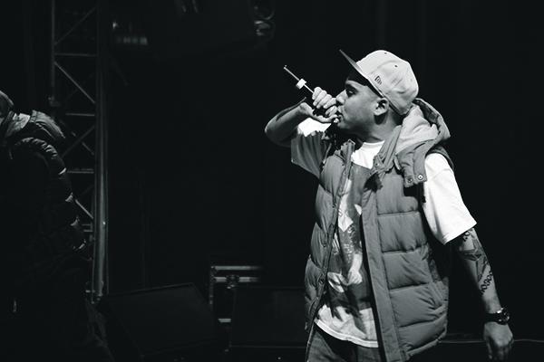 Slim успешно делает сольную карьеру.
