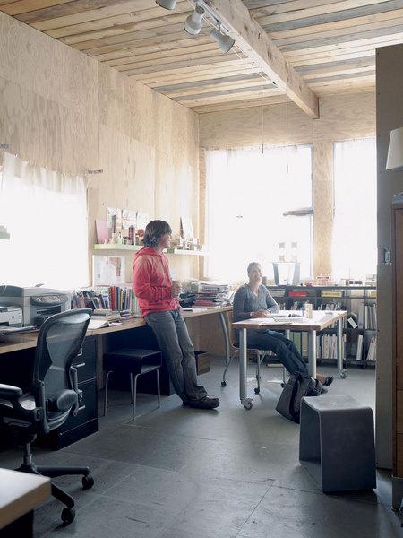 Эрик и Мелисса Пфайффер в своей студии.