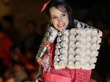 Модели из бумажного мусора от Мэрион Маседо