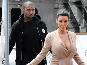 Ким Кардашьян (Kim Kardashian) младше Канье Уэста на четыре года