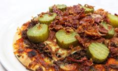 Как приготовить пиццу с солеными огурцами