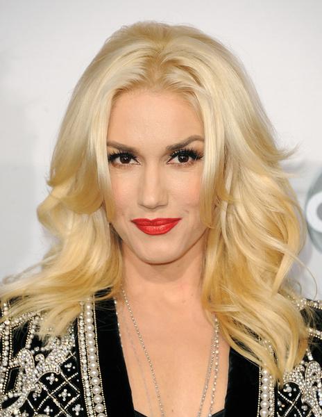 Тренд налицо: звездные блондинки с контрастными темными бровями | галерея [1] фото [11]