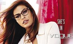 Сексуальная секретарша: Ева Мендес рекламирует очки