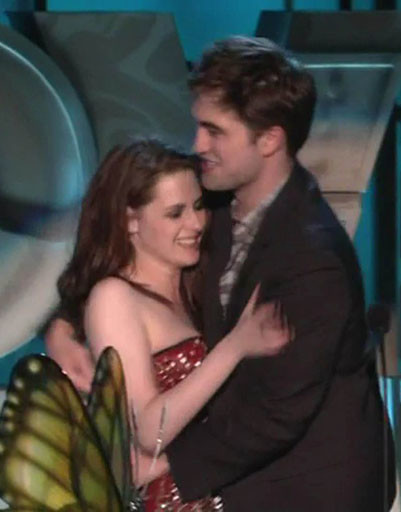 Кристен Стюарт (Kristen Stewart) и Роберт Паттинсон (Robert Pattinson)
