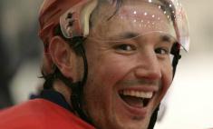 Хоккеисты Ковальчук и Макаров оголились перед камерой