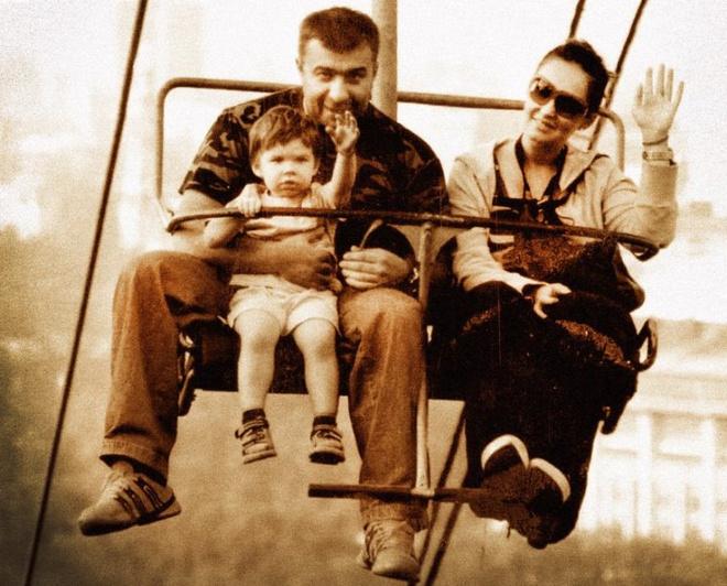 Михаил Пореченков с женой и сыном