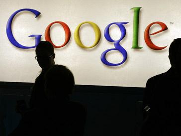 Google уступил Facebook по количеству кликов