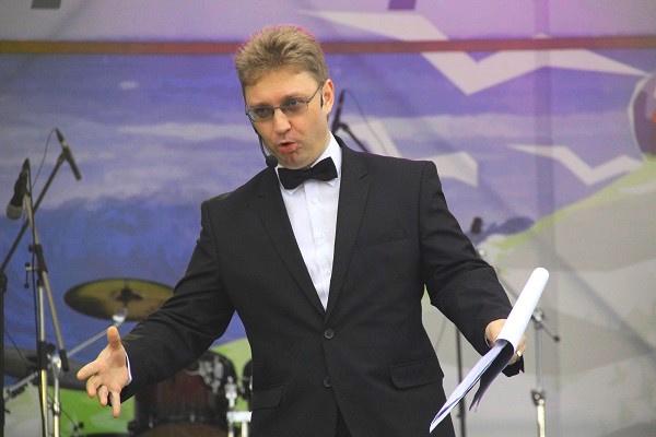 """сегодня самый """"клевый"""" ведущий - Пономаренко"""
