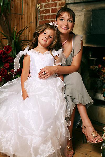 Анастасия Мельникова, дочь Маша, фото