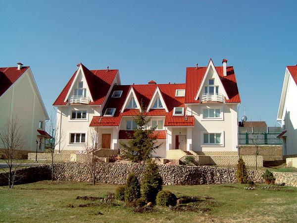 Окна дома изготовлены с применением профильной системы Rehau